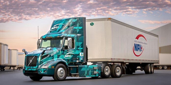 Volvo Trucks NFI NACFE Run on Less - Electric